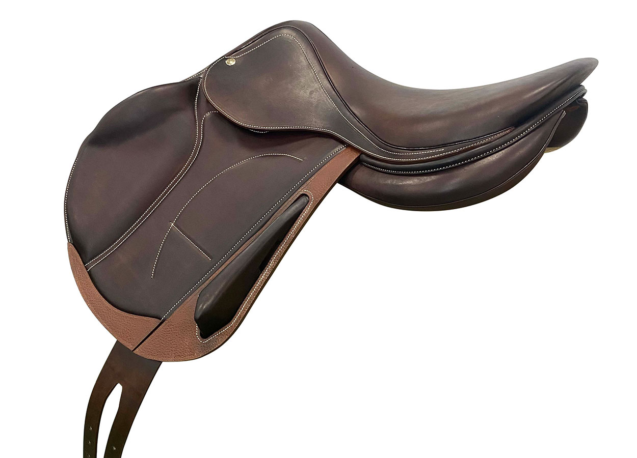 Cross country saddle 3/4